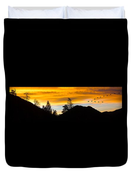 Duvet Cover featuring the photograph Geese At Sunrise by Shane Bechler