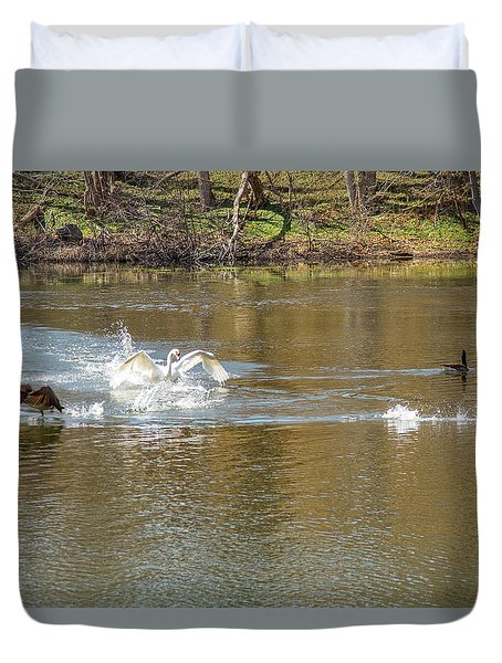 Duvet Cover featuring the photograph Geese Heading For The Hills by Jeff Folger