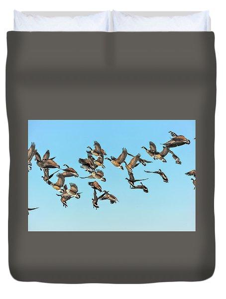 Geese In Flight Duvet Cover