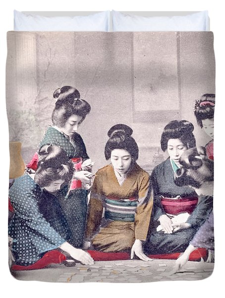 Geishas Duvet Cover