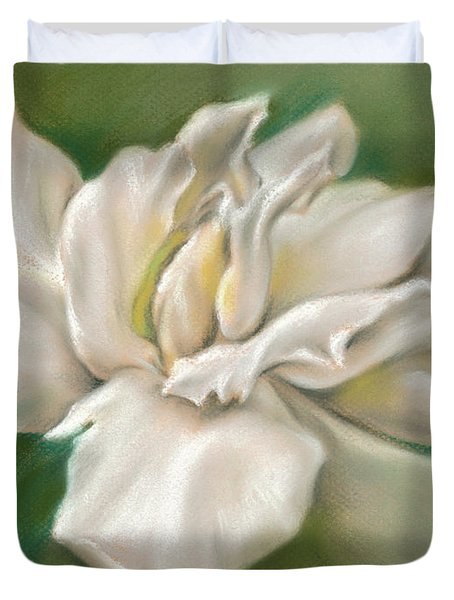 Gentle Gardenia Duvet Cover