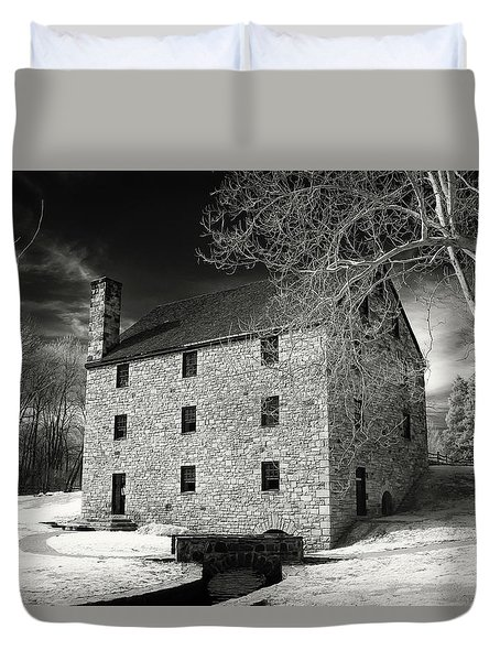 George Washingtons Gristmill Duvet Cover