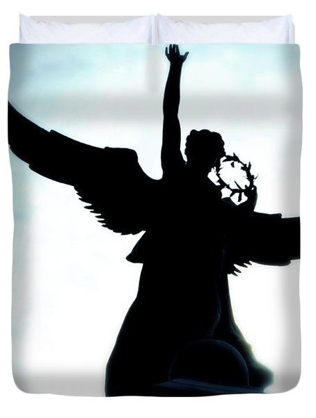 Georges-etienne Cartier Monument Duvet Cover by Lisa Knechtel