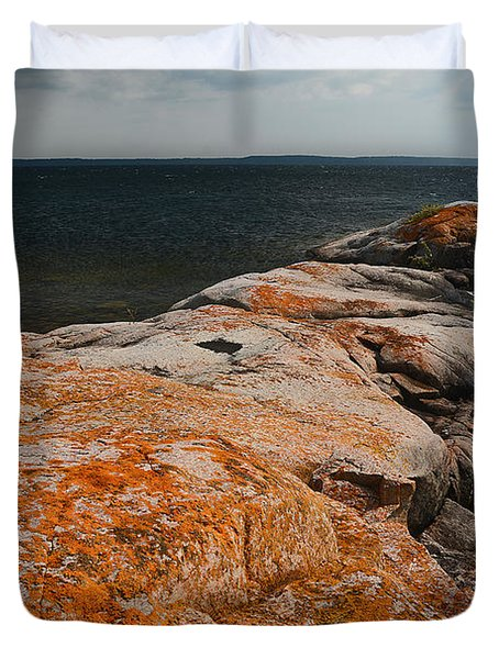 Georgian Bay Rocks Lichen-3675 Duvet Cover