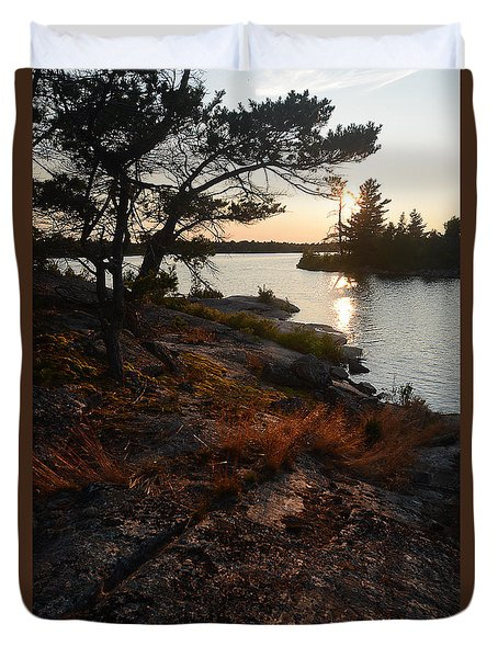 Georgian Bay Rock-wild Grass At Sunset Duvet Cover