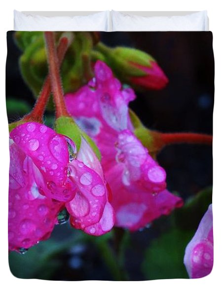 Duvet Cover featuring the photograph Geranium Rain by J L Zarek