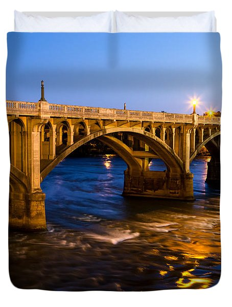 Gervais Street Bridge At Twilight Duvet Cover
