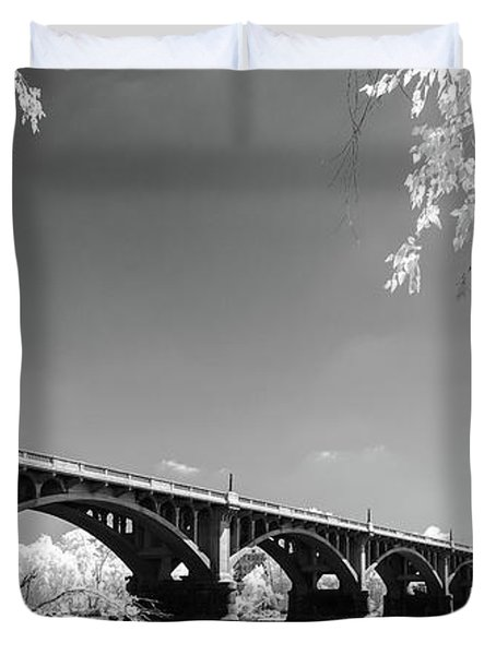 Gervais Street Bridge In Ir1 Duvet Cover