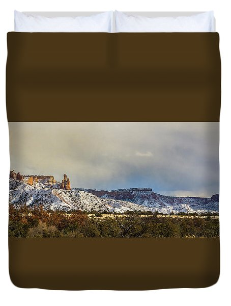 Ghost Ranch In Winter Duvet Cover