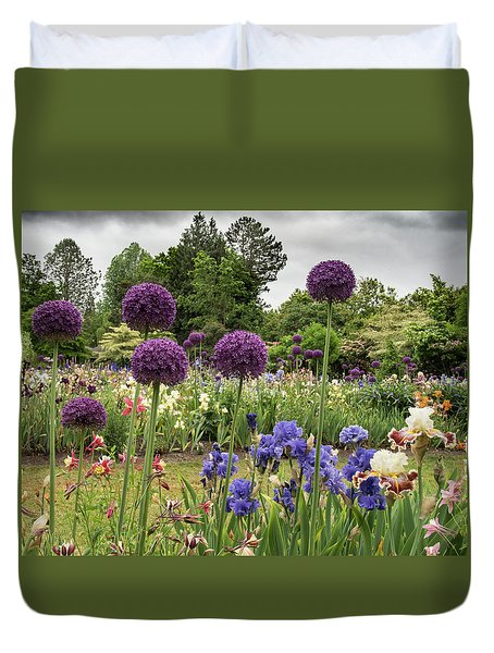 Giant Allium Guards Duvet Cover