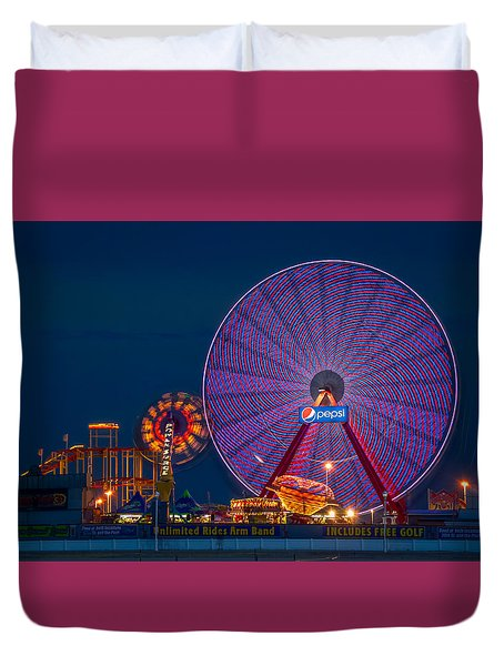 Giant Ferris Wheel Duvet Cover