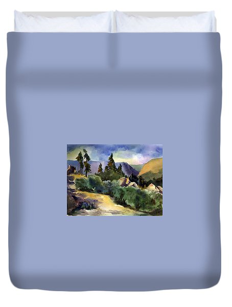 Giant Gap From Iron Point Duvet Cover