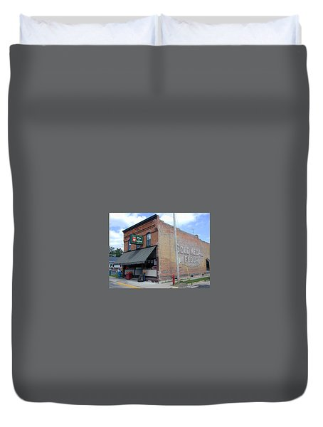 Duvet Cover featuring the photograph Gina's Pies Are Square by Mark Czerniec