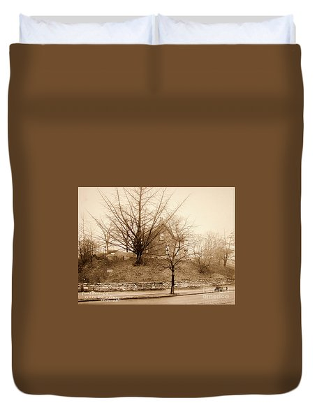 Ginkgo Tree, 1925 Duvet Cover