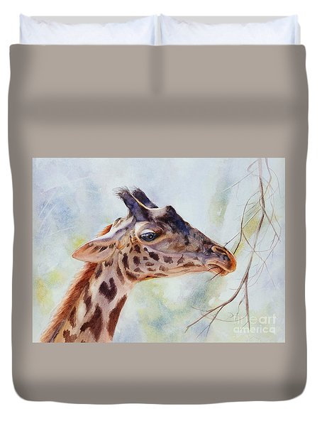 Duvet Cover featuring the painting Giraffe by Bonnie Rinier