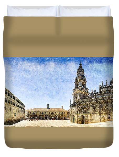 Girl In Santiago - Vintage Version Duvet Cover