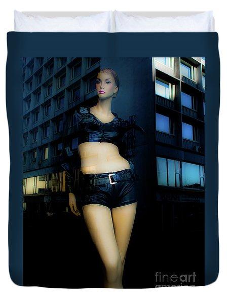 Girl_08 Duvet Cover