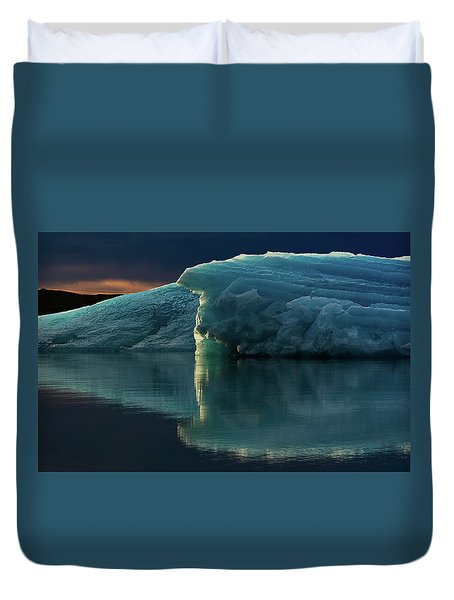 Duvet Cover featuring the photograph Glacial Lagoon Reflections by Allen Biedrzycki