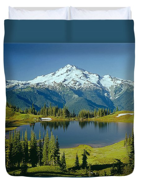 1m4422-glacier Peak, Wa  Duvet Cover