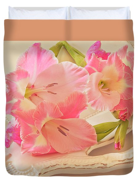 Gladiolas In Pink Duvet Cover by Sandra Foster