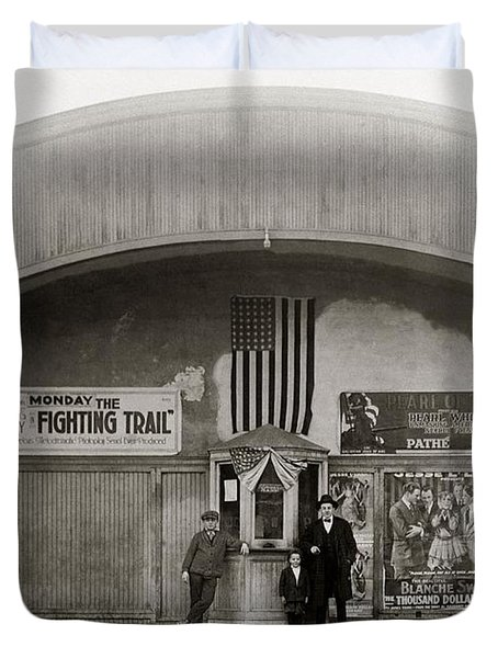 Glen Lyon Pa. Family Theatre Early 1900s Duvet Cover