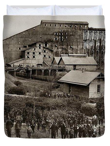 Glen Lyon Pa Susquehanna Coal Co Breaker Late 1800s Duvet Cover