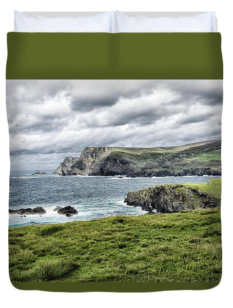 Duvet Cover featuring the photograph Glencolmcille by Alan Toepfer