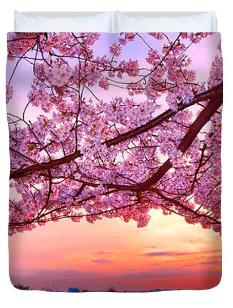 Glorious Sunset Over Cherry Tree At The Jefferson Memorial  Duvet Cover
