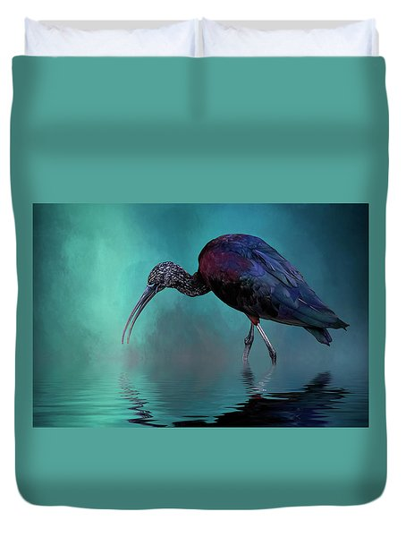 Glossy Ibis Looking For Breakfast Duvet Cover by Cyndy Doty