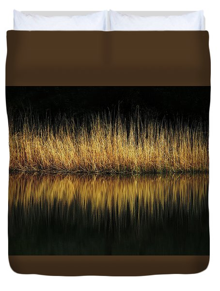Glow And Reflections At Lakes Edge Duvet Cover