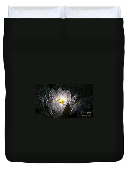 Duvet Cover featuring the photograph Glowing by Donna Brown