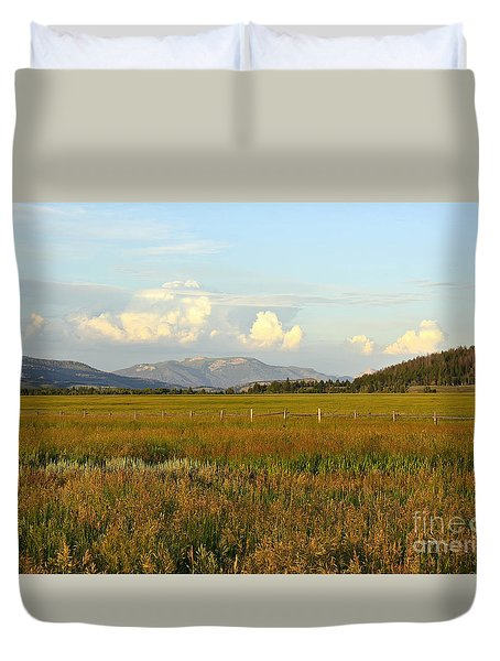 Glowing Meadow Duvet Cover