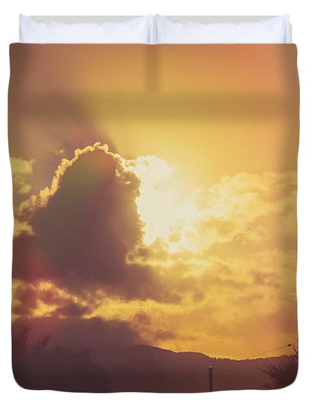 Glowing Orange Hilltop View Of An Afternoon Sunset Duvet Cover