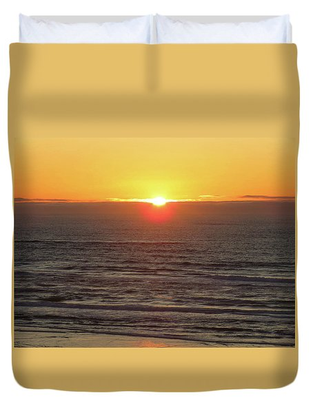 Going Down - Oregon Coast Sunset - Nature Photography Duvet Cover