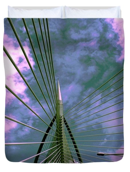 Going Thru The #bridge.  #photo By Duvet Cover by Pierz Photos Work