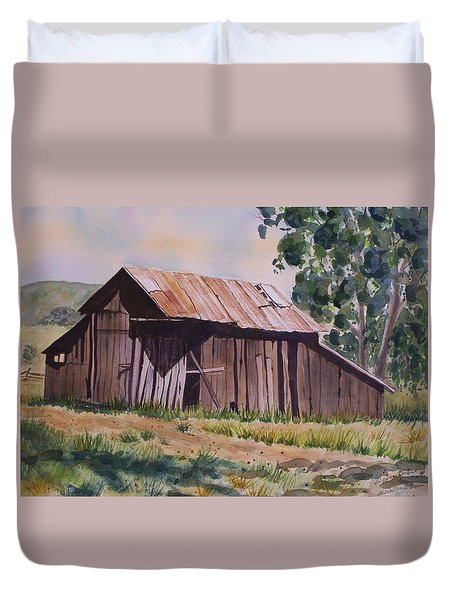 Golden Eagle Ranch Barn Duvet Cover