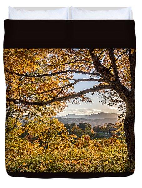 Vermont Framed In Gold Duvet Cover