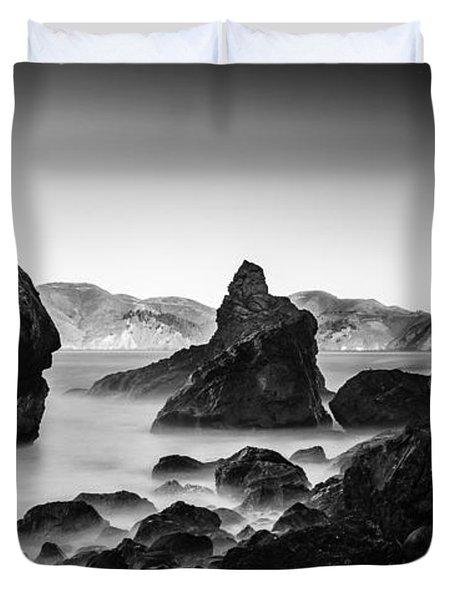 Golden Gate In Black And White Duvet Cover