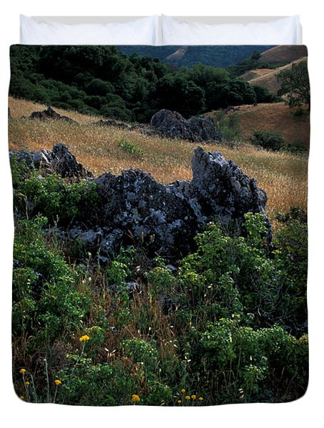 Golden Hills Of Summer Duvet Cover by Kathy Yates