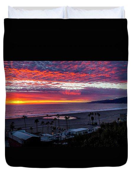 Golden Horizon At Sunset -  Panorama Duvet Cover