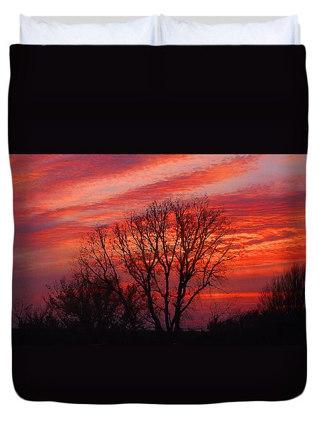 Duvet Cover featuring the digital art Golden Pink Sunset With Trees by Shelli Fitzpatrick