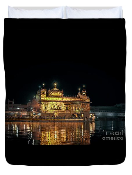 Golden Temple Punjab India Night With Reflection Duvet Cover