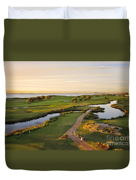 Golfing At The Gong II Duvet Cover