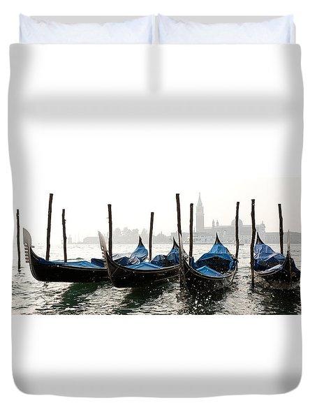 Gondole In Bacino 2078 Duvet Cover