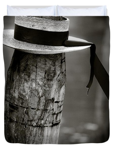 Gondolier Hat Duvet Cover by Dave Bowman