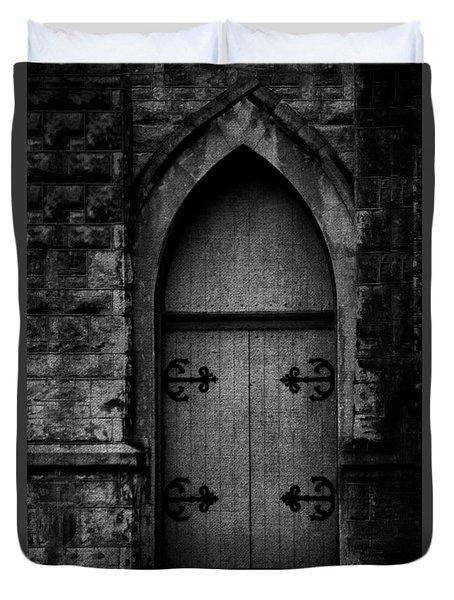 Gothic Door Memphis Church Bw Duvet Cover
