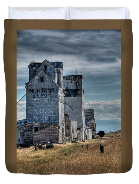 Grain Elevators, Wilsall Duvet Cover