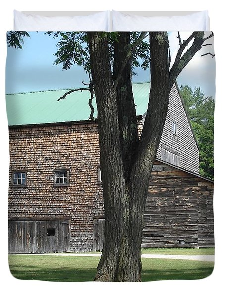 Grammie's Barn Through The Trees Duvet Cover