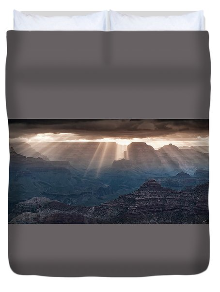 Duvet Cover featuring the photograph Grand Canyon Morning Light Show Pano by William Lee