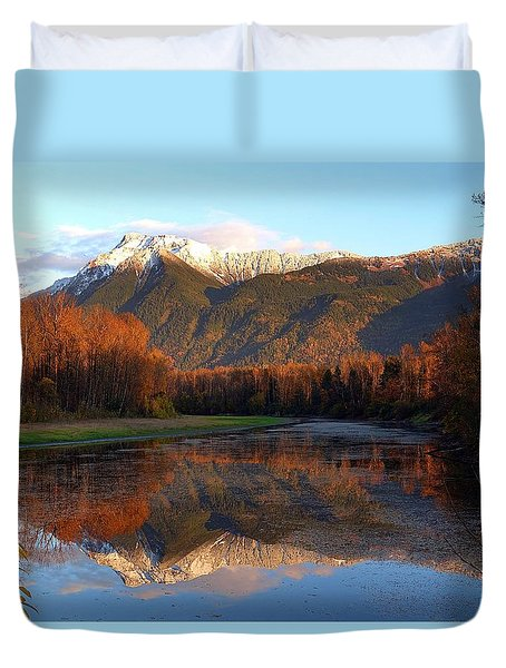 Mount Cheam, British Columbia Duvet Cover